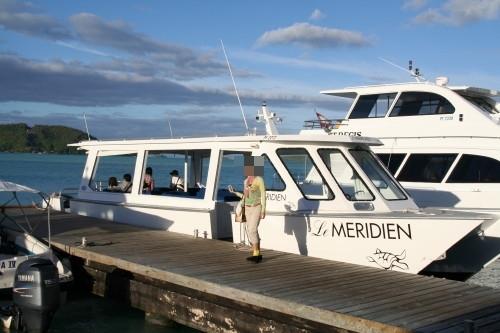 2008tahiti01送迎用ボート