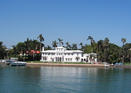 マイアミの豪邸01