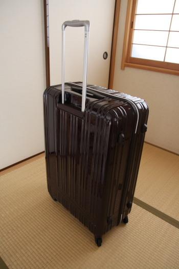 スーツケース03