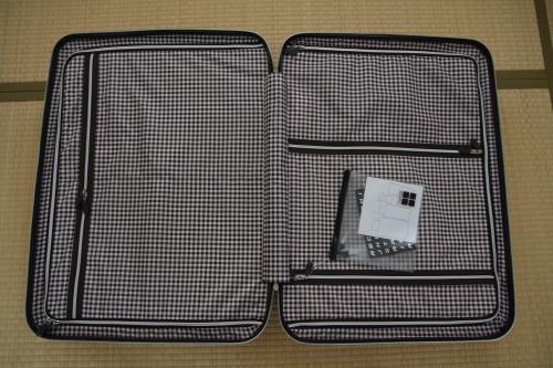 スーツケース09