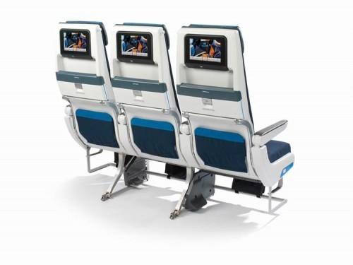 KLM_777-200_エコノミークラス02
