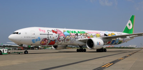 eva-777-300er_01