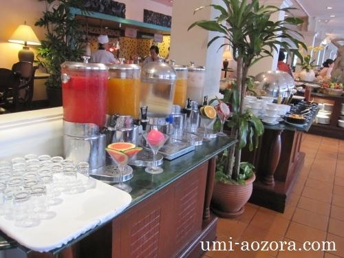 ホテルの朝食01