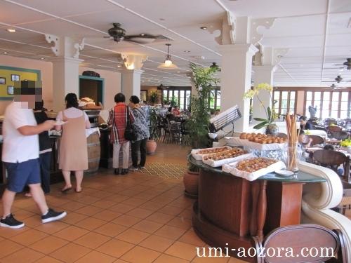 ホテルの朝食04