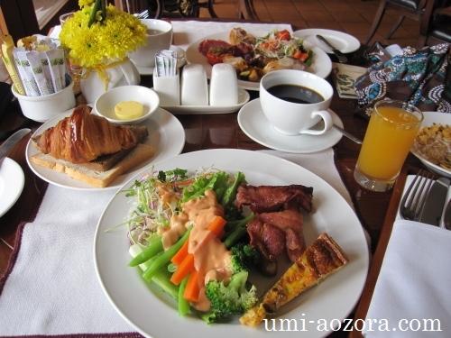 ホテルの朝食05
