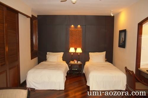 ホテルの部屋03