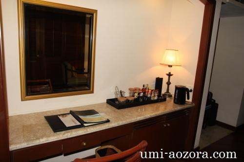 ホテルの部屋05