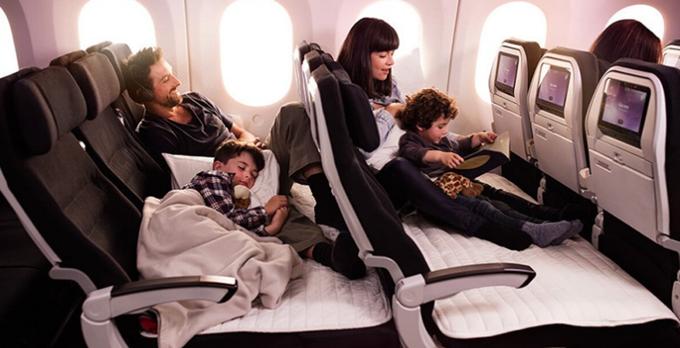 ニュージーランド航空 エコノミー「スカイカウチ」搭乗記 成田発オークランド行き(往路)